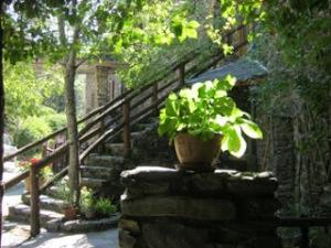 gardoussel-courtyard
